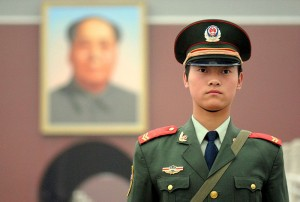 800px-Chinese_soldier_on_Tienanmen_Square